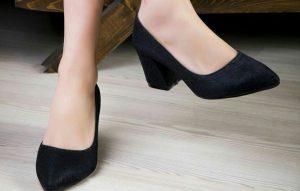 کفش پاشنه بلند پهن