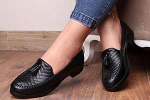 تولیدی کفش کالج سایز بزرگ