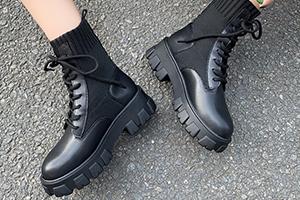 فروشگاه عمده کفش نیم بوت زنانه جدید و شیک 2020